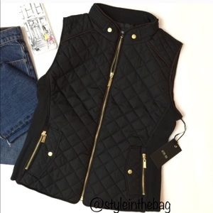 NWT S,L Black Quilted Puffer Vest